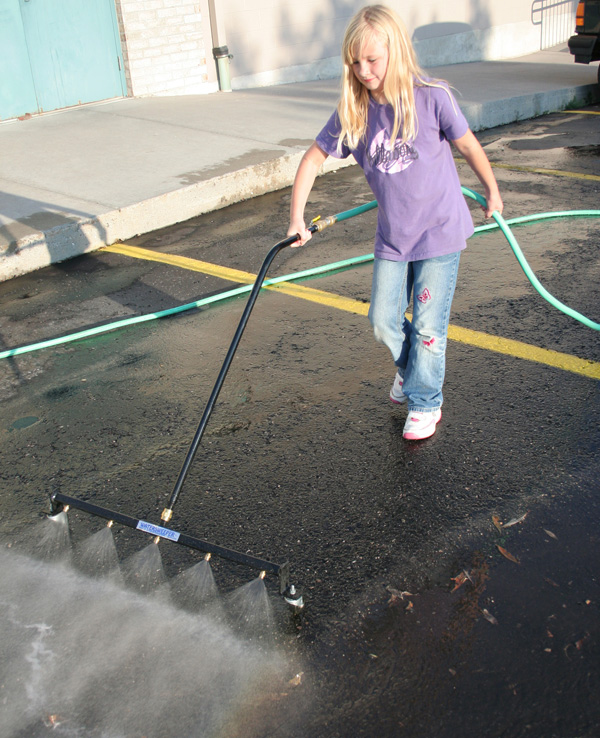 Tire cleaner on driveway 2018 dodge reviews for Best way to clean concrete driveway without pressure washer